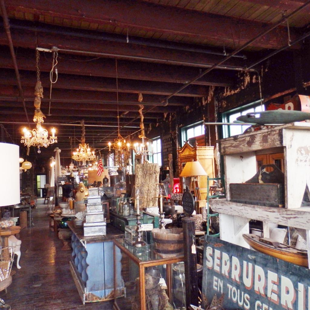 dark antiques